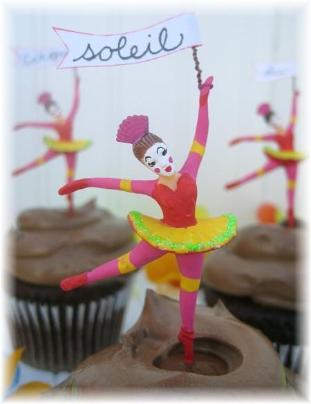 cirque party ballerina closeup